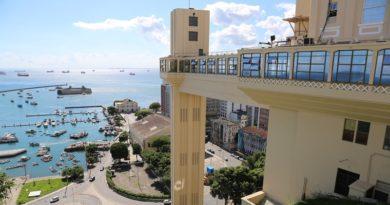 foto do elevador lacerda em salvador na bahia
